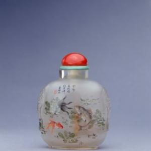 叶仲三玻璃内画鱼藻纹鼻烟壶图片