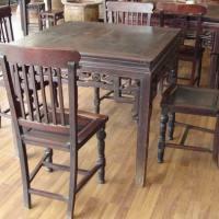 清代红木椅张八仙桌一套