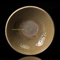 明代 龙泉窑印花缠枝莲纹碗