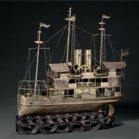 十八世纪蒸汽船造型银质摆饰