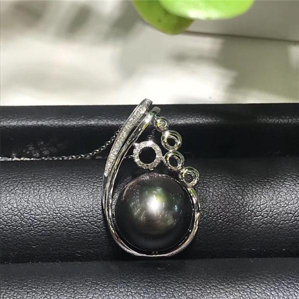 天然大溪地黑珍珠吊坠