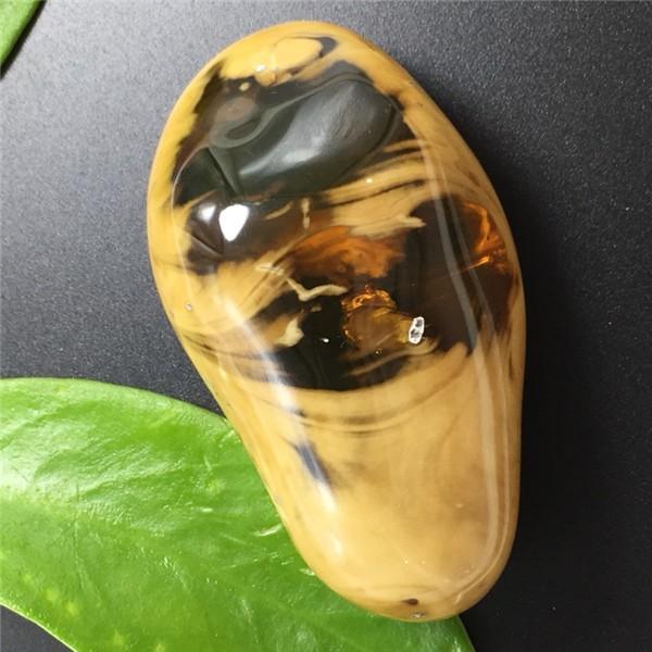 缅甸琥珀 珀中珀溶洞蜜挂件