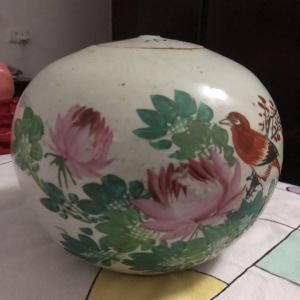 粉彩花鸟盖罐交易价格
