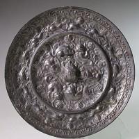 唐代大型海兽葡萄铜镜