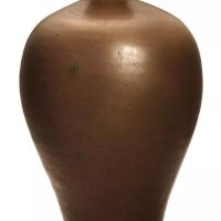 北宋耀州窑酱釉梅瓶