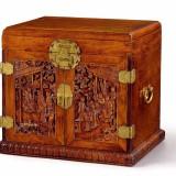 明末至清初黄花梨雕人物鎏金铜件官皮箱