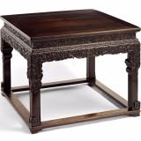 清乾隆紫檀雕西番莲纹方桌