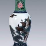 醴陵群力瓷厂 釉下五彩《松鹰图》瓶