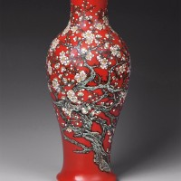 张松茂 白梅 粉彩瓷瓶