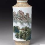 张松茂 庐山五老峰 粉彩瓷瓶