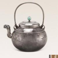 明治时期(1868-1912) 玉钮兽首银壶