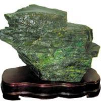 怎样去鉴别崂山绿石的真假呢?