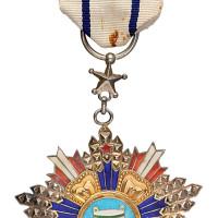 民国时期国民政府九等宝鼎勋章一枚