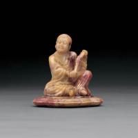 清早期 寿山芙蓉石雕拂尘罗汉坐像