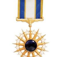 美国空军卓越勋章一枚