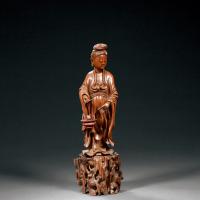清中期 黄杨木雕鱼篮观音立像