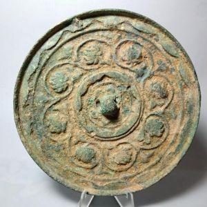 辽金连弧纹荷花铜镜交易价格