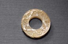 东北发现青铜玉 色泽特征与古代青铜器相似