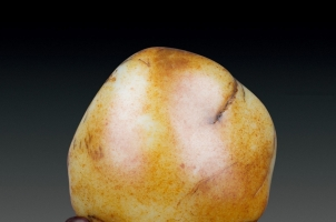 为什么说和田玉籽料有很高的收藏价值,其它玉不行?