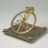 铜镀金赤道式日晷