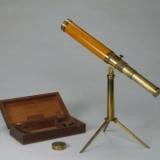 英国橙漆皮铜镀金望远镜