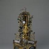 十八世纪铜镀金葡萄架人举表