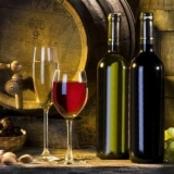 葡萄酒价格价格跌惨了