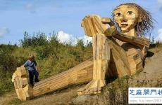 巨型木雕空降哥本哈根