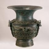 龙虎纹青铜尊——商朝青铜器中的佼佼者