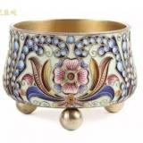 在黄金工艺品上经常见到的珐琅工艺,最早叫作景泰蓝来源于西方 ...