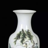 洪宪瓷与居仁堂制款瓷器哪个更值钱