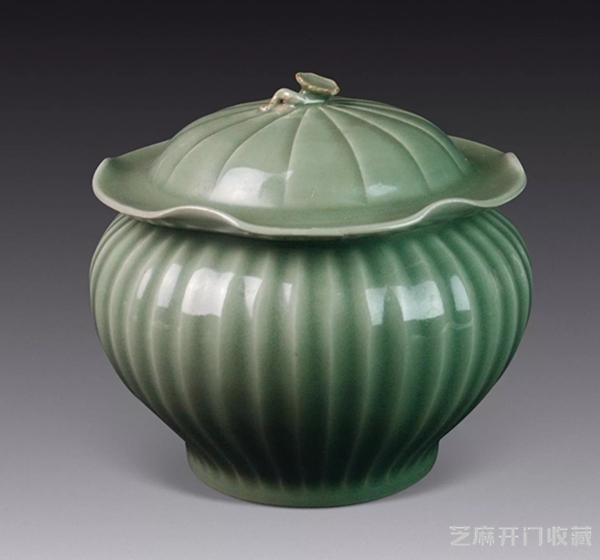 龙泉窑瓷器之美 跨越千年经久不衰