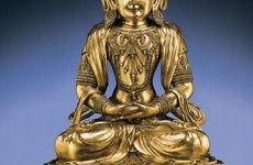 明清金铜佛像艺术价值对比