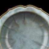 人民币贬值与加征关税对艺术品收藏的影响