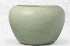 如何鉴赏豆青釉瓷器