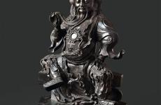 明代关公铜像:造型生动、气势十足