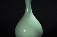 梅子青釉瓷器的特点和收藏价值