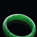 翡翠玻璃种值钱还是帝王绿值钱