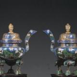 法律明文规定不允许倒卖文物,但古玩城里遍地都是呢?